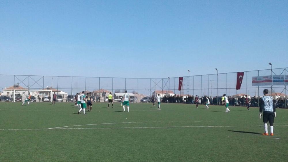 Çukuryurt Spor- Kaputaş Gençlik Maç görüntüleri galerisi resim 4