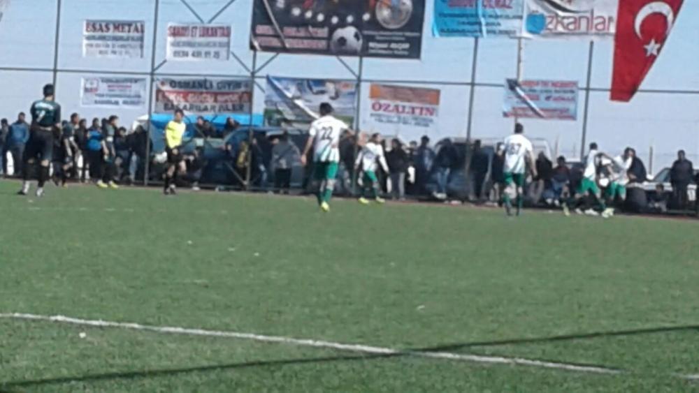 Çukuryurt Spor- Kaputaş Gençlik Maç görüntüleri galerisi resim 8