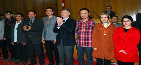 YGS'de ilk 100'e giren Konyalı öğrenciler ödüllendirildi