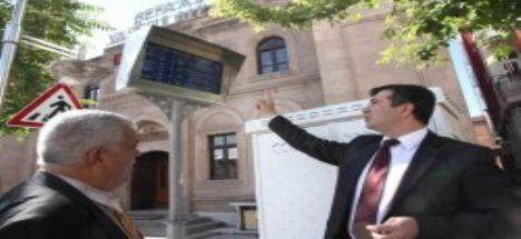 Aksaray'da bir ilk daha akıllı durak sistemi