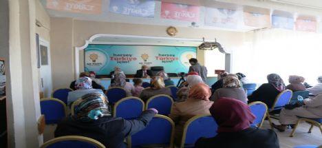 Başkan Palta Ak Parti Kadın Kolları Toplantısına  Katıldı