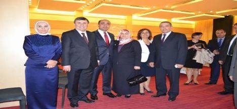 Başkan Nevzat Palta Eşi Aysun Hanımla Birlikte Milletvekili Ruhi Açıkgöz'ün Oğlunun Düğün Törenine Katıldı
