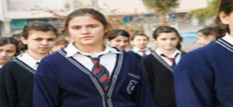 Lisede kravat zorunluluğu kalkıyor