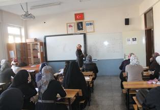 Biz Türkçe onlar, Arapça öğretecek