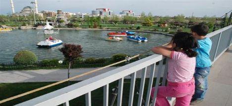 Karatay Parklarına yoğun ilgi