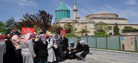 Karatay Belediyesi Meslek Edindirme Kurslari (Karmek) Gezi Programinda Buluştu