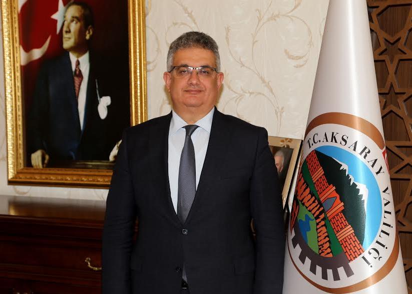 """Aksaray Valisi Aykut Pekmez'in """"29 Ekim Cumhuriyet Bayramı"""" Mesajı"""