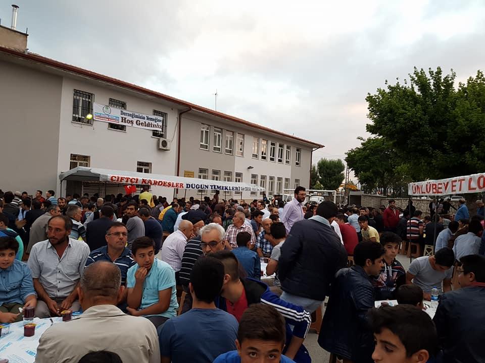 Konya'da Eskilliler Derneğinin İftarına yoğun ilgi!