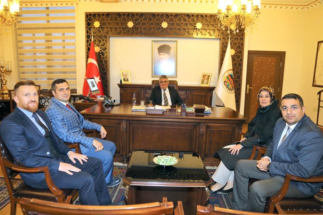 Cumhurbaşkanı Başdanışmanı Gülay Samancı Vali Aykut Pekmez'i ziyaret etti
