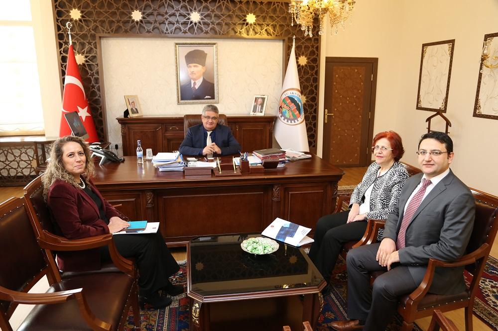 Ekonomi Bakanlığı ihracatçı firmalara güncel destek uygulamaları anlatacak
