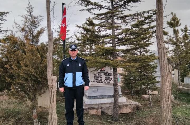 Eskil Belediyesi Şehit Mezarlarının Bakımlarını Yaptı