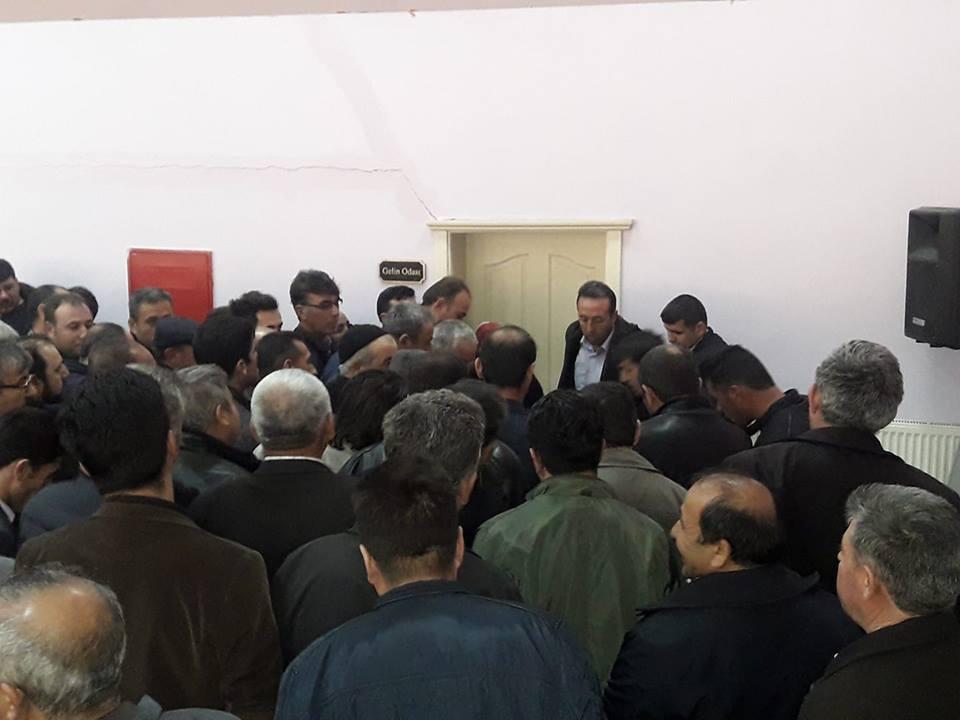 Nefesler Tutuldu Esnaf Odası Seçimi Uzatıldı