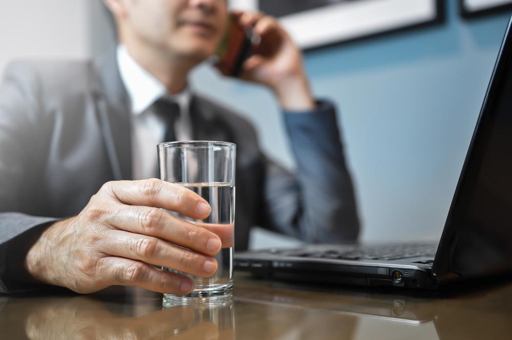 Strese su içerek 'dur' deyin!