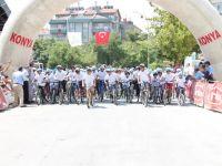 8. Karatay Ödüllü Düz Bisiklet Yarışlarının İlki Büyüksinan Pazar Yeri'nde Start Aldı