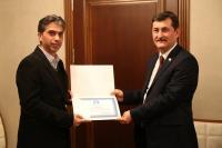 ASÜ'de kursiyerler  yabancılara türkçe öğretimi sertifikası aldı