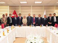 Irak Türkmen Heyeti BYEGM'yi Ziyaret Etti