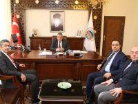 Ziraat Bankası Bölge Yöneticisi Recep Özdemir Vali Aykut Pekmez'e nezaket ziyaretinde bulundu
