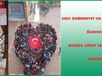 Eskil Cumhuriyet ilkokulu ve ortaokulu öğrencileri Afrin'de görev yapan askerlere anlamlı hediye...